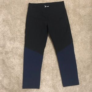 Old Navy Active Go Dry Leggings